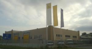 IL FABBRICATO officina concessionaria Renault di Montiglio Monferrato (AT).