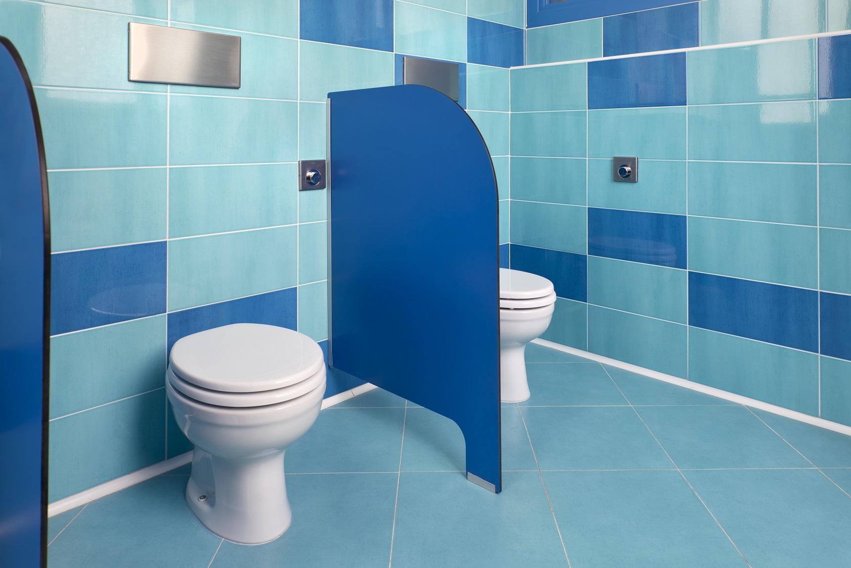 Per l 39 asilo un bagno a misura di bambino gt il - Dimensioni sanitari bagno piccoli ...
