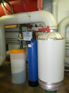 Il sistema di addolcimento per l'impianto acs contro la formazione del calcare (fonte: AEVV)
