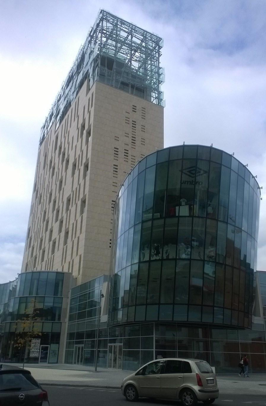 Pompaggio performante per 18 piani di efficienza idrica for Piani di casa torre allerta