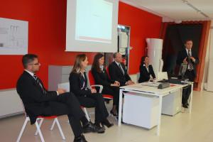 I RELATORI della conferenza Immergas rispondono alle domande dei giornalisti.