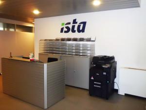 Interno della sede di Istat Italia Srl, Lainate (MI).