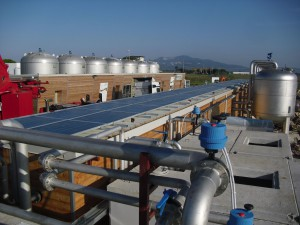 ENERGIA PULITA.I pannelli fotovoltaici installati in copertura.