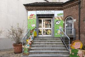 LA SCUOLA d'infanzia paritaria Maria Bambina si trova a Lissone in un edificio di oltre cent'anni adiacente alla chiesa dei Santi Pietro e Paolo.