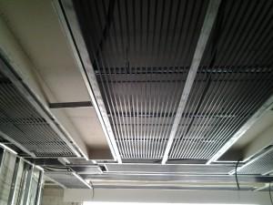 L'IMPIANTO a soffitto black system.